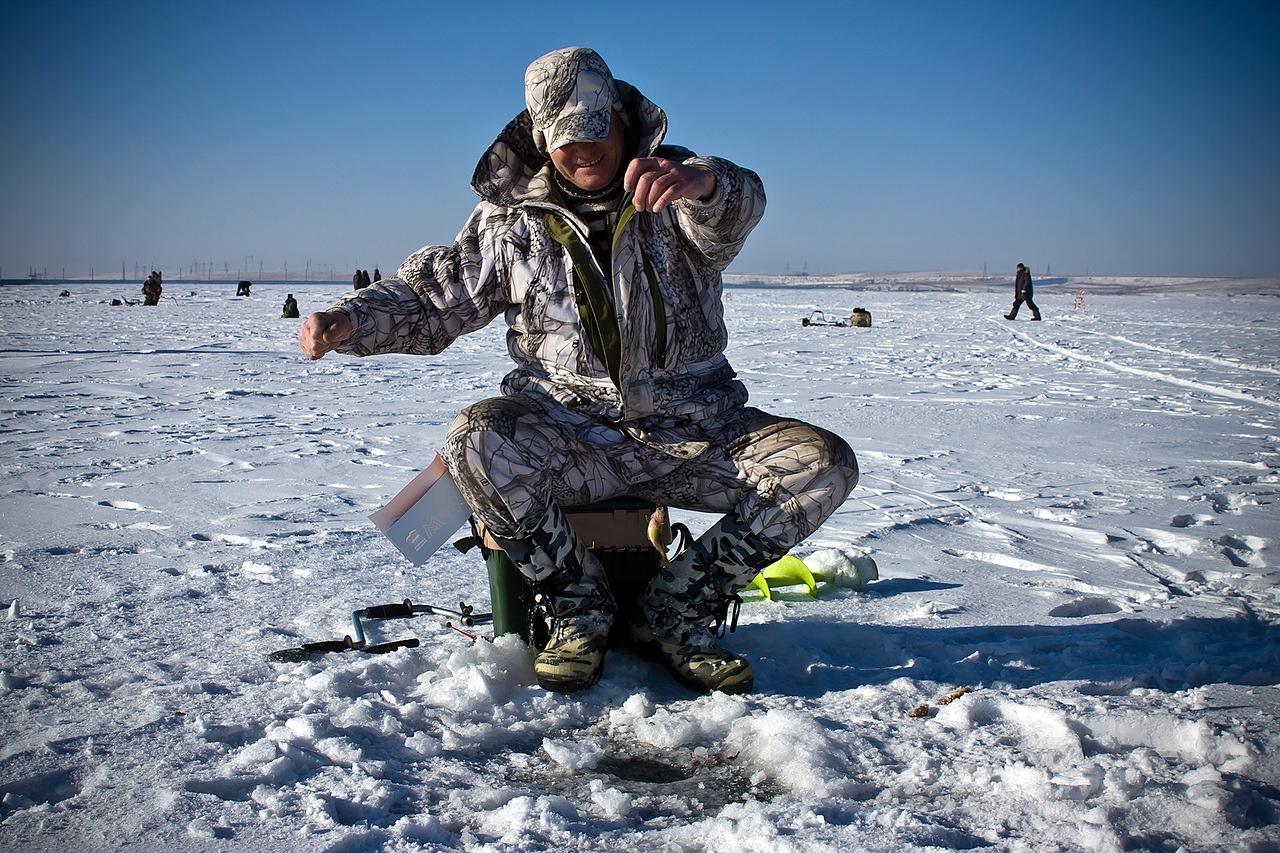 Зимняя рыбалка в окрестностях Волгограда и области в 2022 году