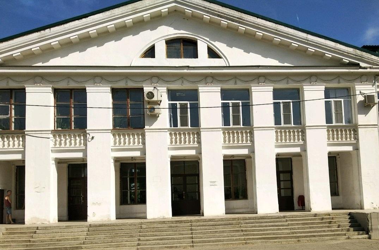 Дом культуры имени Петрова г. Волгоград: адрес и телефон.