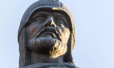 Памятник Александру Невскому в Волгограде - вполне заслуженная слава князя
