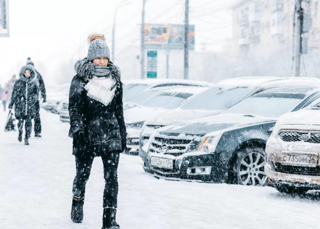 Климатические особенности Волгограда: какие они? Погода умеренная и континентальная.